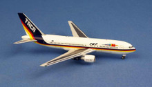 AC19584 | Aero Classics 1:400 | Boeing 767-200 TACA N767TA