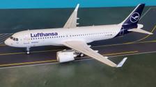 JF-A320-032 | JFox Models 1:200 | Airbus A320-271N Lufthansa D-AINN (with stand)