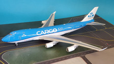 IF744F1019 | InFlight200 1:200 | Boeing 747-400 KLM Royal Dutch Airlines Cargo PH-CKB (with stand)