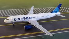 AC419616 | Aero Classics 1:400 | Airbus A320 United Airlines N1913U, 'New Colours'