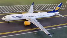 AC419608   Aero Classics 1:400   Boeing 737 MAX9 Icelandair TF-ICA