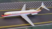 AC419512   Aero Classics 1:400   Douglas DC-9-32 Continental N3508T