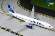 G2UAL763 | Gemini200 1:200 | Boeing 737-800 United N37267 (with stand) | is due: September 2019