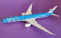 IF781KLM100 | InFlight200 1:200 | Boeing 787-10 KLM 100 years PH-BKA | is due: