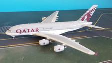 PH11570 | Phoenix 1:400 | Airbus A380 Qatar A7-APE | is due: October 2019
