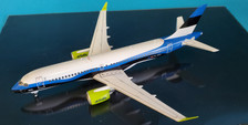 570657 | Herpa Wings 1:200 1:200 | Airbus A220-300 Air Baltic YL-CSJ,'Estonia Livery' (die-cast with stand