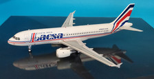 EA320LR1019 | InFlight200 1:200 | Airbus A320-200 Lacsa N481GX (with stand)