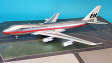 IF741BN1218P | InFlight200 1:200 | Boeing 747-100 Braniff International N9666 (polished with stand)