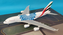 G2UAE779 | Gemini Jets 1:200 | Airbus A380 Emirates A6-EOC 'Expo 2020 blue' (with stand)