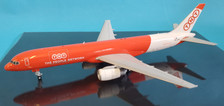 XX2202 | JC Wings 1:200 | Boeing 757-200 TNT OE-LFB (with stand)