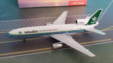 AC419681   Aero Classics 1:400   Lockheed L-1011 Saudia HZ-AHB