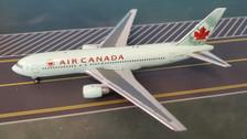 AC419649 | Aero Classics 1:400 | Boeing 767-200 Air Canada C-GDSY