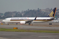 PH04315 | Phoenix 1:400 | Boeing 737-8max Singapore Airlines 9V-MBN  | is due: April 2020