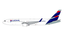 GJLAN1849 | Gemini Jets 1:400 1:400 | Boeing 767-300ER LATAM CC-CWV | is due: June 2020