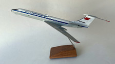 AB65653 | Custom Made Desktop Models 1:144 | Tupolev TU-134A Aeroflot CCCP-65653 (with stand) no undercarriage