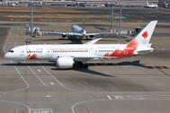 PH04324   Phoenix 1:400   Boeing 787-8 JAL JA837J Torch Relay   is due: June 2020
