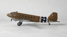 SW176 | Small World 1:200 | Douglas C-47 USAAF 2100884 A66 Daks over Duxford