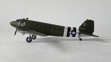 SW177 | Small World 1:200 | Douglas C-47 2100884 L4 'Daks over Duxford'