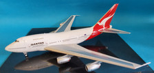 IF747SPQFA0820 | InFlight200 1:200 | Boeing 747SP-38 Qantas VH-EAB (with stand)