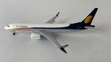 AC419802 | Aero Classics 1:400 | Boeing 737-Max-8 Jet Airways VT-JXB