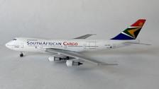 AC419793 | Aero Classics 1:400 | Boeing 747-200 South African cargo ZS-SAR