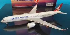 PH11626   Phoenix 1:400   Airbus A350-900 Turkish TC-LGA