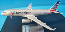 IF320AA1120 | InFlight200 1:200 | Airbus A320-232 American Airlines N667AW (with stand)