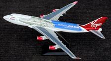 DMGVLIP   Desktop Models 1:100   Boeing 747-400 Virgin Atlantic G-VLIP