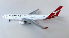 AC419828 | Aero Classics 1:400 | Airbus A330-300 Qantas VH-EBN new colours