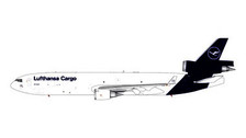 GJDLH1940 | Gemini Jets 1:400 1:400 | Douglas MD-11F Lufthansa D-ALCD | is due: January 2021