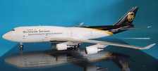 B-744-UPS-578 | Blue Box 1:200 | Boeing 747-400 UPS Airlines N578UP (with stand)