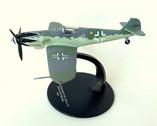 MAG109 | Miscellaneous 1:72 | Messerschmitt BF-109 G10 Luftwaffe Erich Hartmann 1945