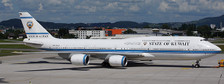 JCLH4227 | JC Wings 1:400 | Boeing 747-8 KUWAIT GOVERNMENT REG: 9K-GAA | is due: March-2021