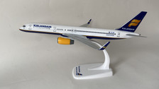 PP-ICE-757 | Toys | Boeing 757-200 Icelandair TF-ISF (plastic)