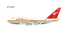 NG07009 | NG Model 1:400 | Boeing 747SP Qantas VH-EAA | is due: May 2021