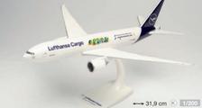 613354   Herpa Snap-Fit (Wooster) 1:200   Lufthansa Cargo Boeing 777F Cargo Human Care D-ALFI Buenos Días México   is due: September 2021
