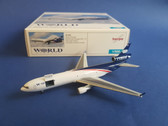 507660 Herpa Wings 1:500 McDonnell Douglas MD-11F World Airways (With open doors, incl. container loader)