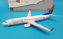 AV2738001 Aviation 200 1:200 Boeing 737-800 South African Airways ZS-SJO