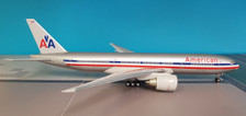550062 Herpa Wings 1:200 Boeing 777-200 American Airlines
