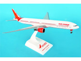 SKR497 | Skymarks Models 1:200 | Boeing 777-300ER Air India (with gear)