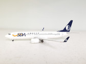 AV2738019 Aviation 200 1:200 Boeing 737-800 Shandong Airlines B-5450