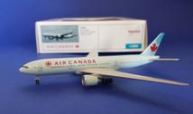 515870 Herpa Wings 1:500 Boeing 777-200LR Air Canada C-FNNH