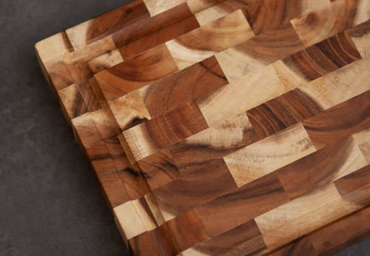 Unique Patterns in End Grain Acacia Board