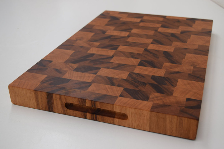 Beautiful Durable Tiger Wood Chopping Block