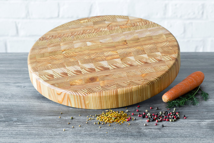 Larch Wood Round Cutting Board 14.5 x 1.6 Lifestyle