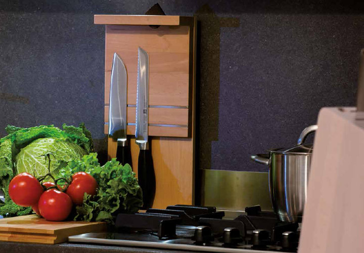 Artelegno Bologna Hybrid Board and Knife Block