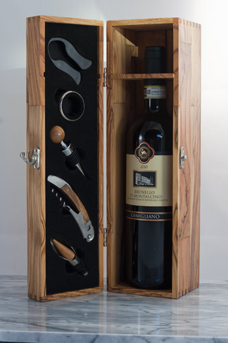 Olive wood wine gift box standing