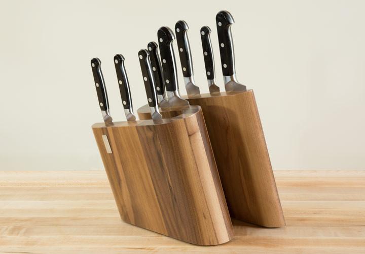 Walnut Knife Block by Artelegno