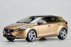 1/18 Dealer Edition Volvo V40 (Brown)