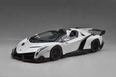 1/18 Kyosho Lamborghini Veneno Roadster (White w/ Red Line) Car Model